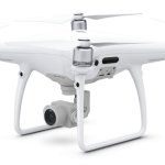 Pristatome DJI Phantom 4 – Video